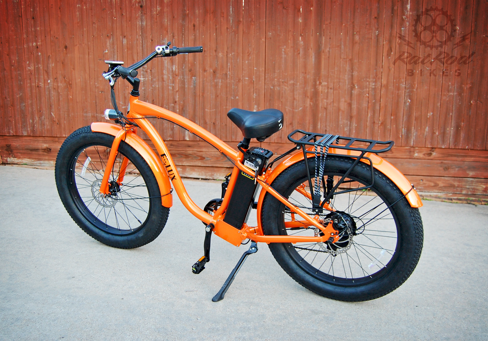 E-Lux Fat Tire Cruiser Bike
