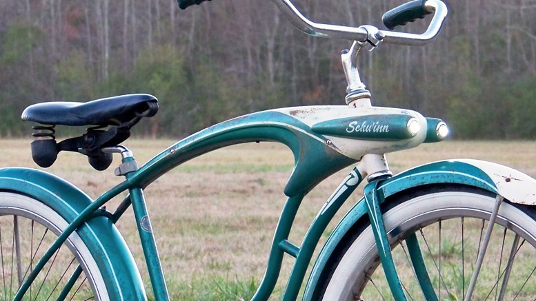 GIRL BIKES - NOT JUST FOR PARTS ANYMORE - Rat Rod Bikes